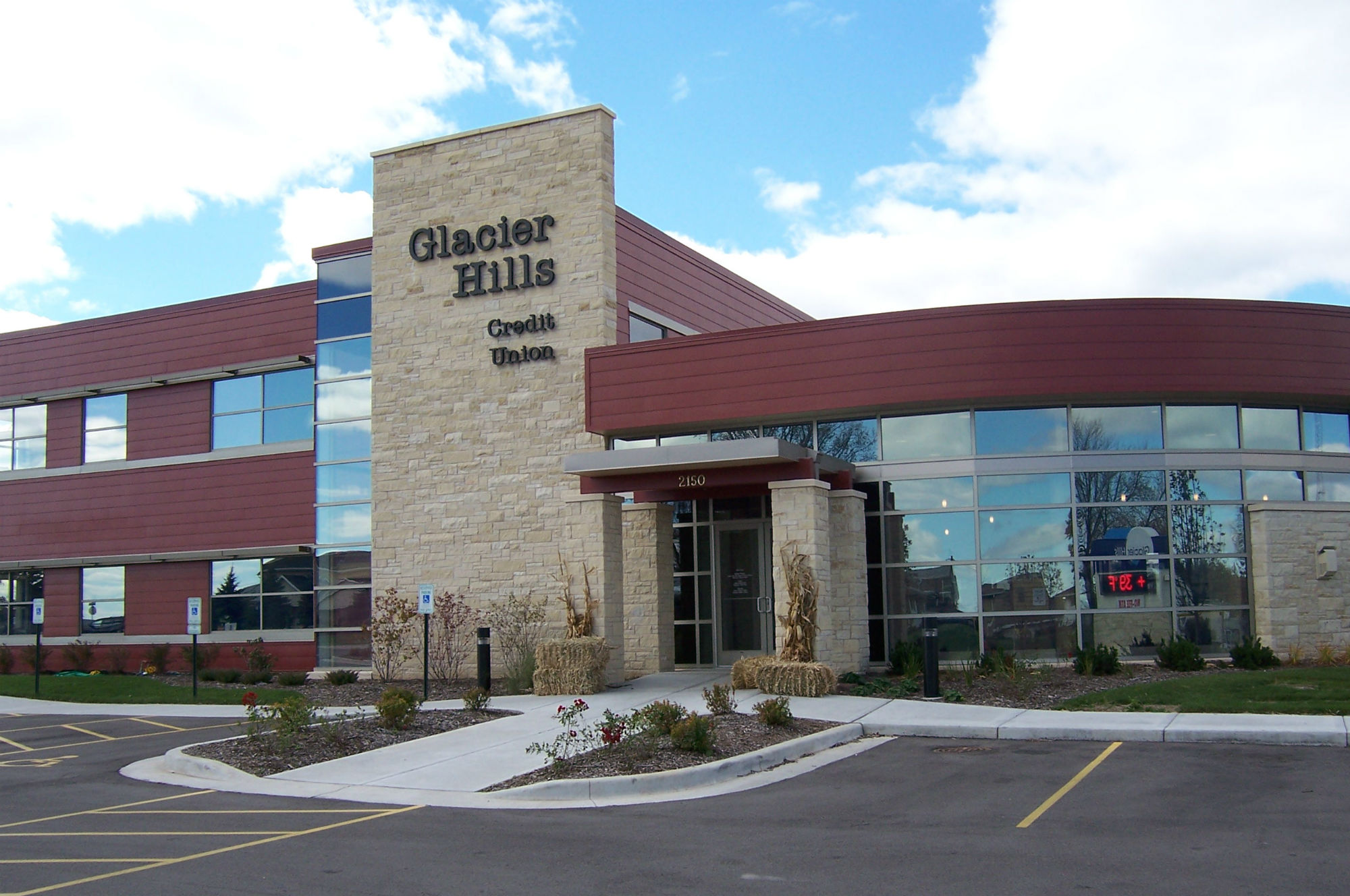 Glacier Hills Credit Union (Financial)