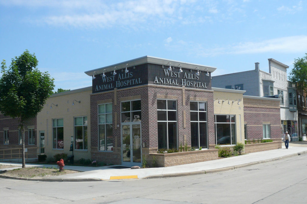 West Allis Animal Hospital Exterior