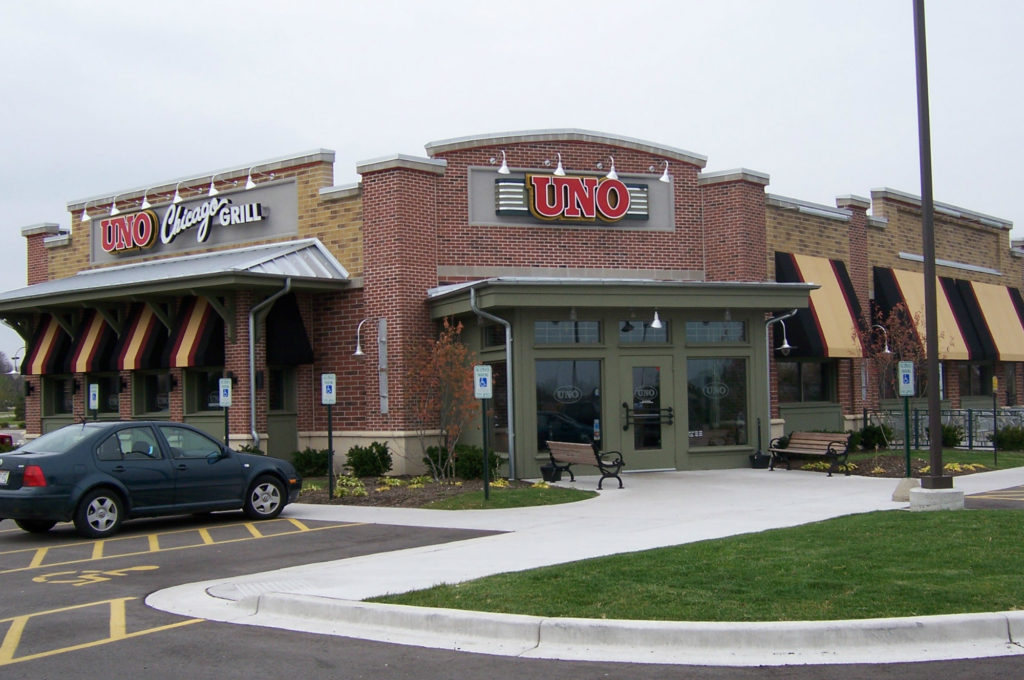 Uno Chicago Grill Store Front 2